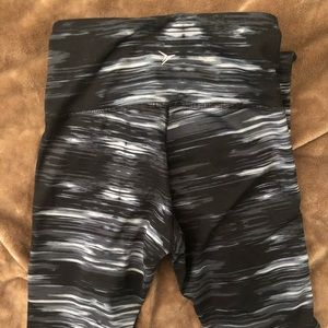 Old Navy Pants - Old Navy Active Compression Leggings